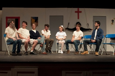 Artists of E-52 Student Theater performing in One Flew Over the Cuckoo's Nest. Photograph © Lauren Bryant